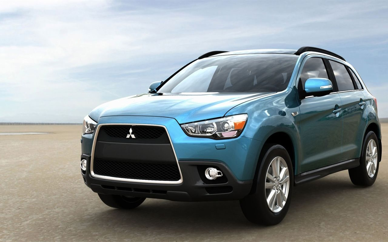 Auto___Mitsubishi_Test_drive_the_car_Mitsubishi_ASX__063879_